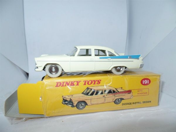 Atlas French Dinky 191 Dodge Royal Sedan White & Light Blue